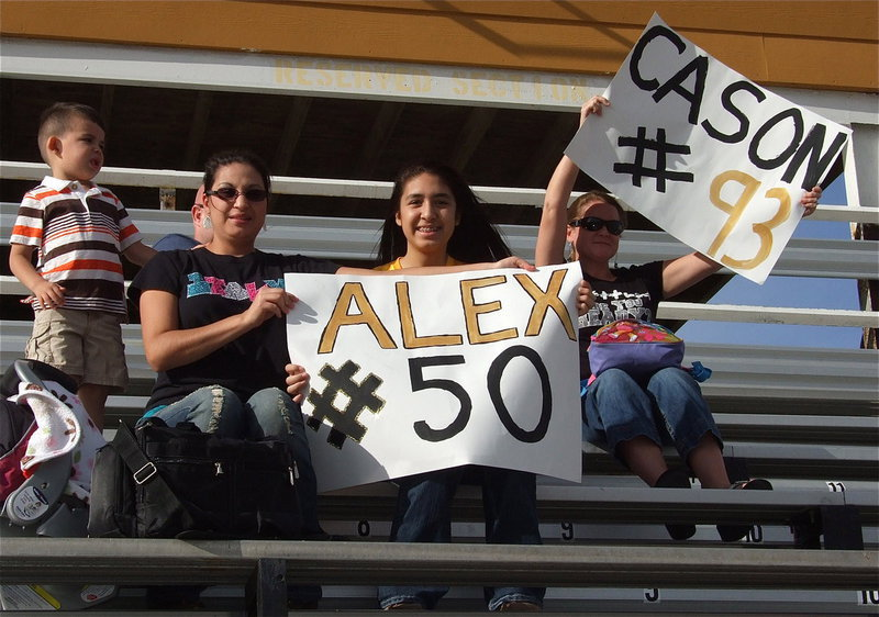 Image: A-Team Gladiators Cason and Alex receive some love from the stands.