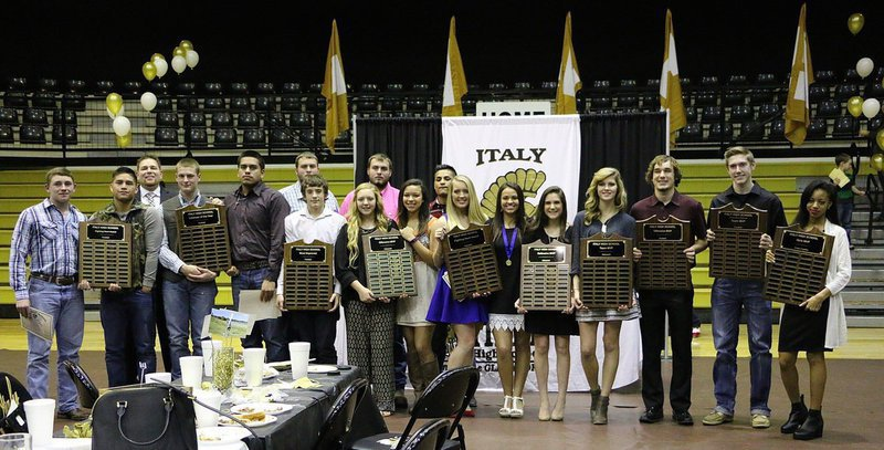 Image: Engraved plaque award winners during the Italy High School first annual Fall 2015 Athletic Banquet are (L-R): John Morgan, Joe Celis, Coach David Weaver, Clay Riddle, David De La Hoya, Aaron Pitmon, Dylan McCasland, Brycelen Richards, Austin Pittmon, April Lusk, Fabian Cortez, Hannah Washington, Ashlyn Jacinto, Cassidy Childers, Halee Turner, Ryan Connor, Clayton Miller and T'Keya Pace.