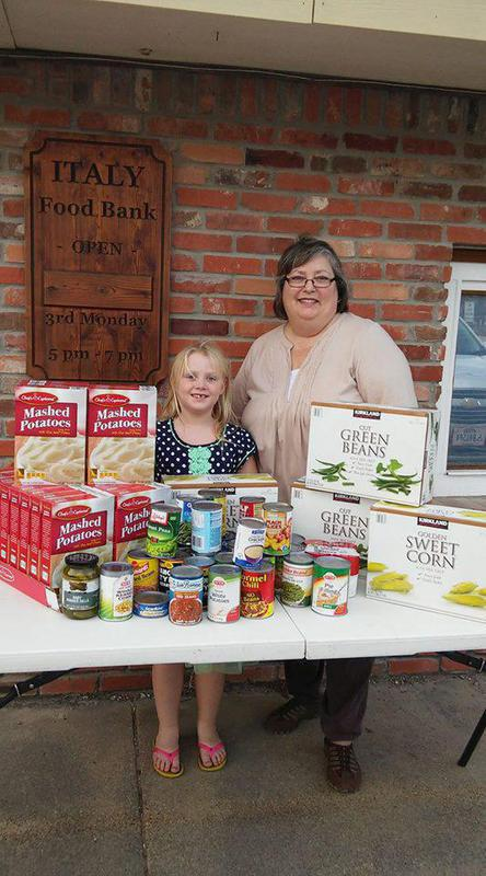 Image: Annabelle Glover with Pantry Director, Susan Wooten