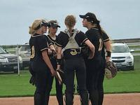 Image: Pitcher Jenna Holden and teammates Taylor Boyd, Lakota Townley, Sarah Sanders, Avery Green and Brycelen Richards.